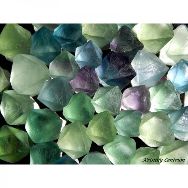 Fluorit kristály nyers